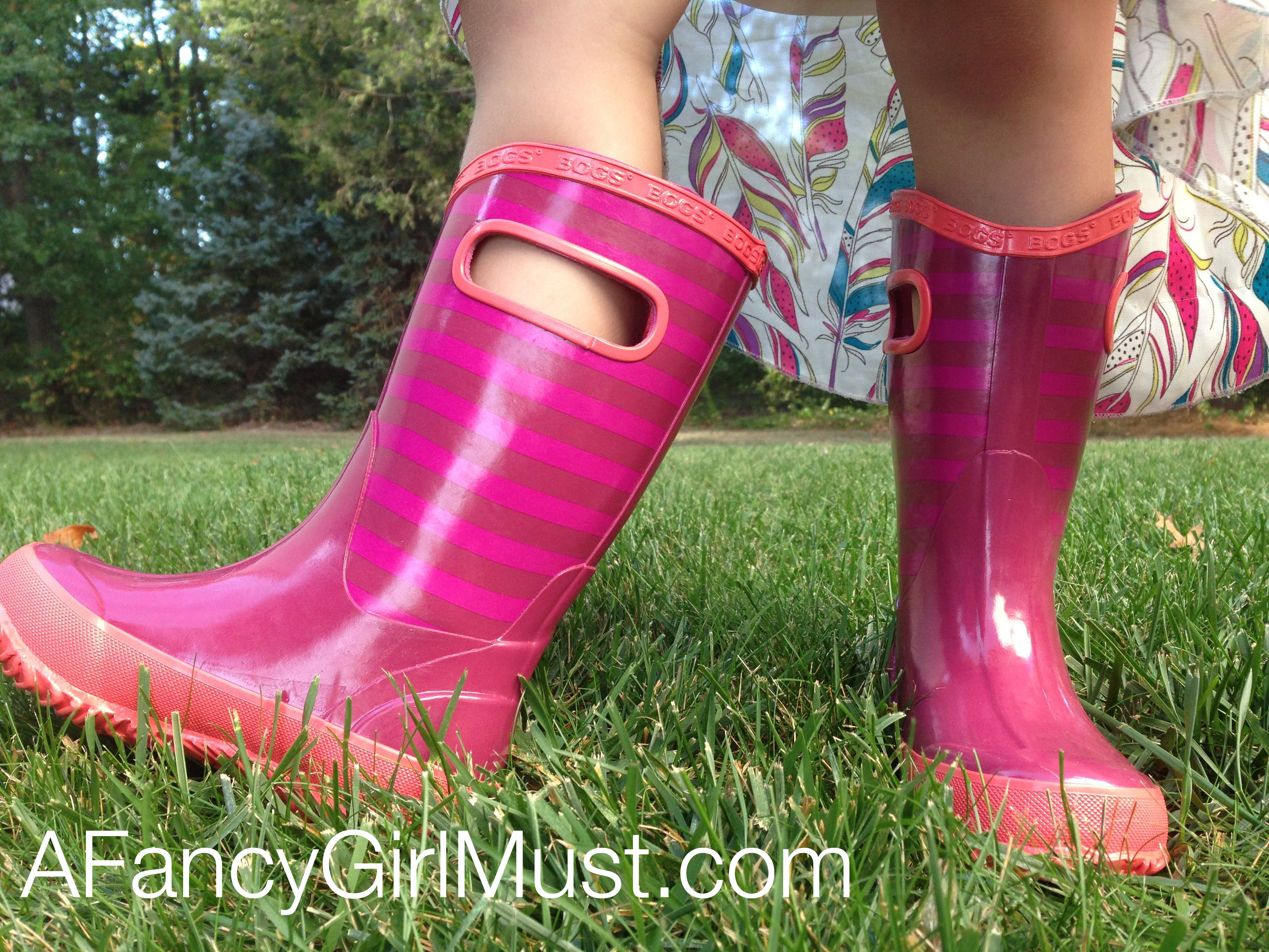 1d9b7dda24 A Fancy Girl Must - Puddle Jumping: Bogs Rain Boots for Girls