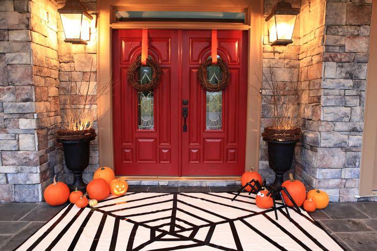 Friday Fresh Picks: Sparkly Spider Halloween Decor | AFancyGirlMust.com