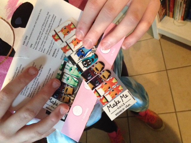 MakeMeNails: Interview with Co-Founder G. Hannelius, Star of Dog with a Blog