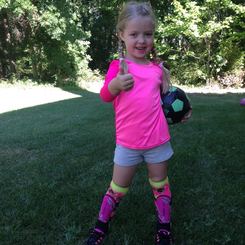 #SportyGirl: Get Soccer Ready with Sports Authority  | AFancyGirlMust.com