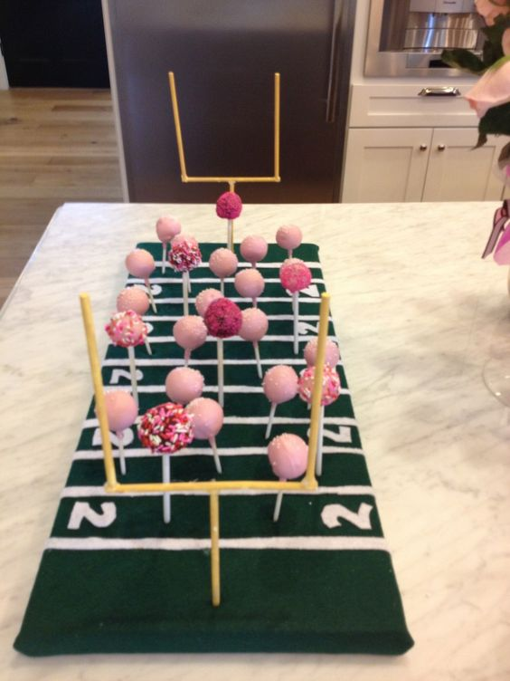 8 Ideas for a Girly Football Party